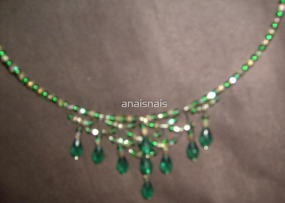 Alternative angle for Emeralds choker by anaisnais