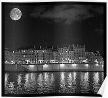 Moonlight and Île Saint-Louis Poster