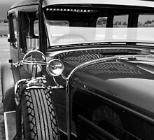 Vintage Car by Calelli
