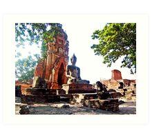 Large Buddha Image at Wat Phra Mahathat Art Print