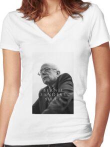 Bernie Sanders 2016 Women's Fitted V-Neck T-Shirt