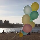 beach & balloons by tresjoliestudio