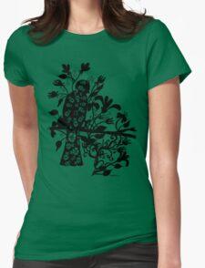 queen black bird  T-Shirt