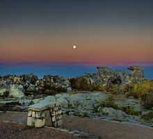 Moonrise over Table Mountain by Selsong