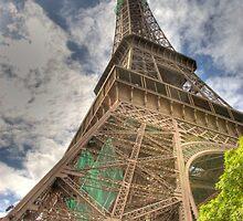 An eyefull of a tower by robheath