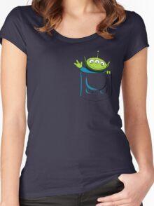 Alien Pocket Women's Fitted Scoop T-Shirt