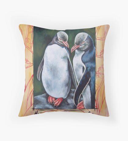 HoiHoi Penguins, NZ Throw Pillow