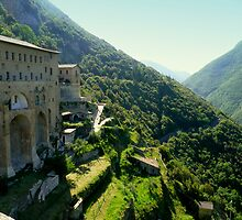 Subiaco: Italian monastery in the mountains by bubblehex08