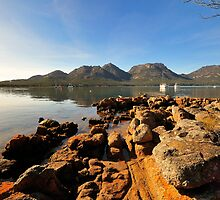 Rocky Shore, Freycinet by bevanimage