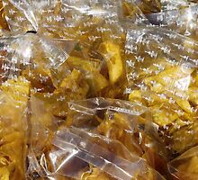 Food - banana crisps by Marjolein Katsma