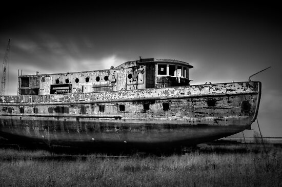 Old Boat by Chintsala