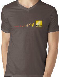 Nikon vs Canon Mens V-Neck T-Shirt