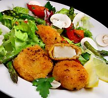 Salad and Coquilles Saint Jacques by SmoothBreeze7