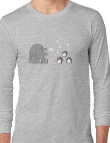 Elephants & Penguins love bubbles. Long Sleeve T-Shirt