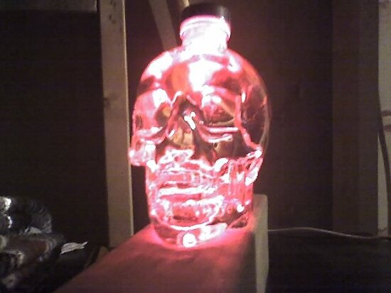 Red Glowing Crystal Skull by HKBlack