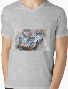 Porsche 917 K GULF Le Mans 1971 Mueller Attwood Mens V-Neck T-Shirt