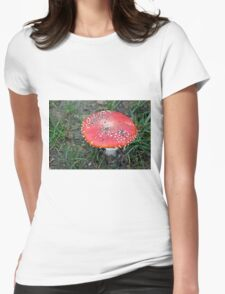 Beautiful poison Womens Fitted T-Shirt