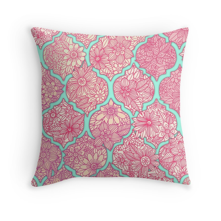 Throw Pillow Arrangement :