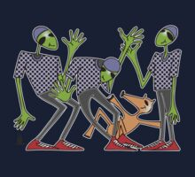 cool aliens Kids Tee