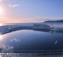 outdoor pool penzance by mikalo
