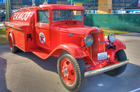 1934 Texaco Truck - Full view by njordphoto