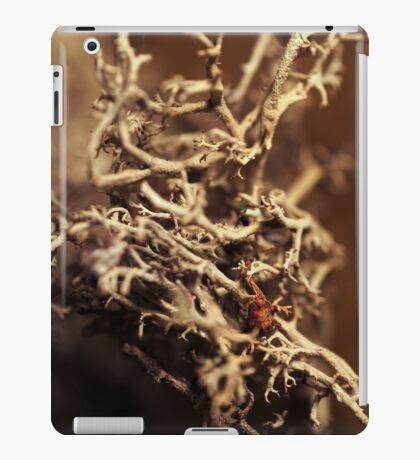 Left hood in mos iPad Case/Skin