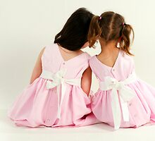 sisters in pink by photocillin