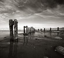 High tide at Sandsend by PaulBradley