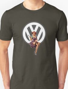 Volkswagen Pin-Up Wrenching Wanda (gray) T-Shirt