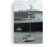 Queen Mary 2 Arrives Sydney 005 Canvas Print