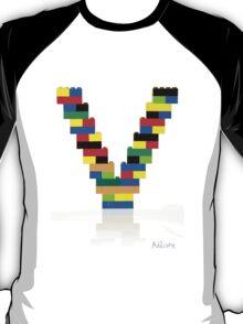 """""""V"""" T-Shirt"""