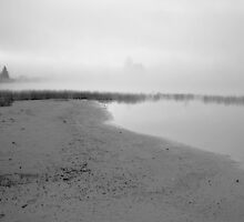 morning mist on lake pleasant by erumsey