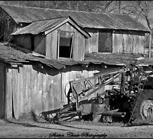 Barn in Rosedale, Louisiana by Shawn Chase