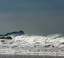 Incoming Waves by Nick Jenkins