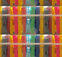 colored clothespins by MaviSchirripa