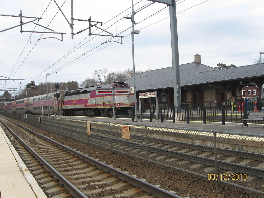 MBTA Commuter Line outbound to Stoughton by Eric Sanford