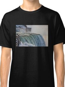 Niagara Falls in the Winter Classic T-Shirt