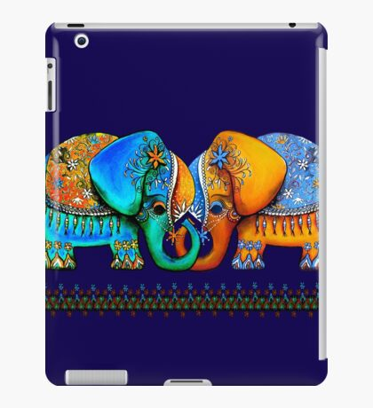 Littlest Elephant Love Links iPad Case/Skin