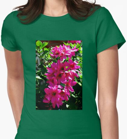 Beautiful Ixia Womens Fitted T-Shirt