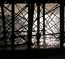 Eastbourne Pier in the early morning sun by neil90