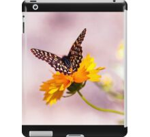 A Sip Of Coreopsis iPad Case/Skin