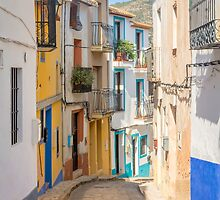 Finistrat narrow street by Ralph Goldsmith