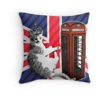 uk union jack flag london telephone booth funny royal kitty cat Throw Pillow