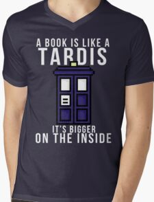 """""""A book is like a Tardis, it's bigger on the inside"""" Mens V-Neck T-Shirt"""