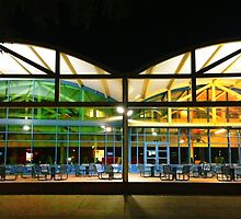 UC Davis Memorial Union at Night by omhafez