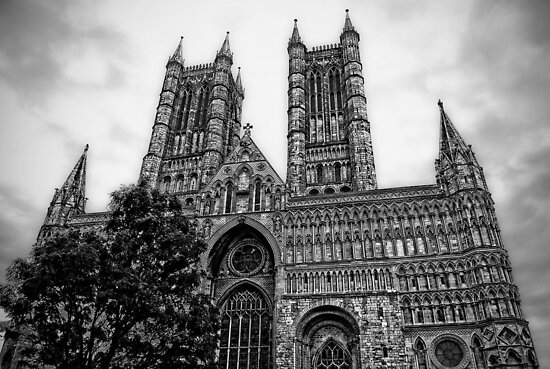Lincoln Cathedral Facade by Yhun Suarez