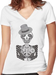 The Groom Women's Fitted V-Neck T-Shirt