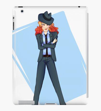 Fujiko in Jigen's Clothes iPad Case/Skin