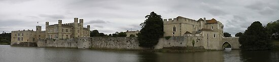 Leeds Castle Panorama by Richard Durrant