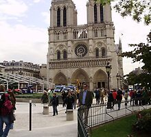 Notre Dame Cathedral by Eric Henderson